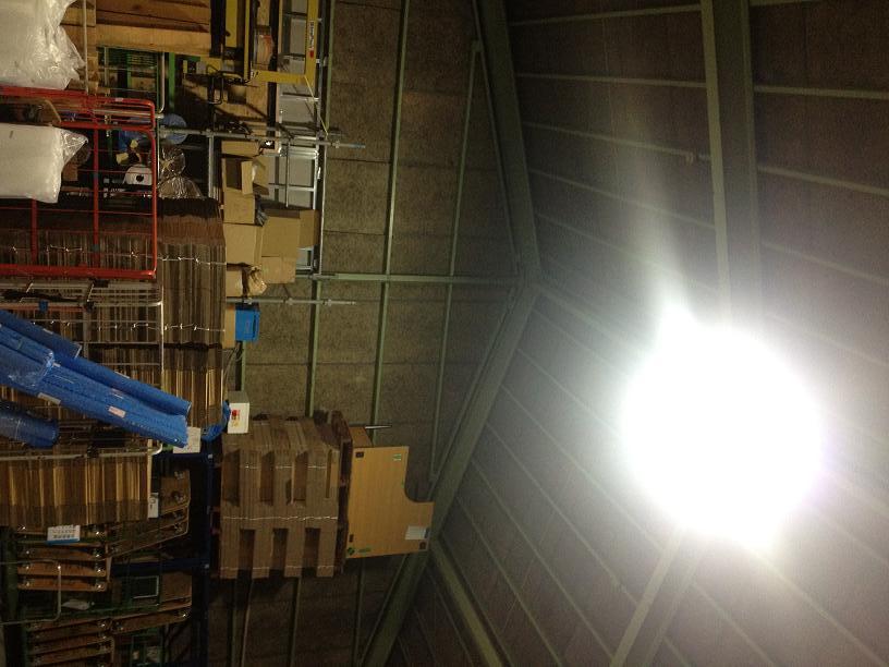 倉庫左上ランプ